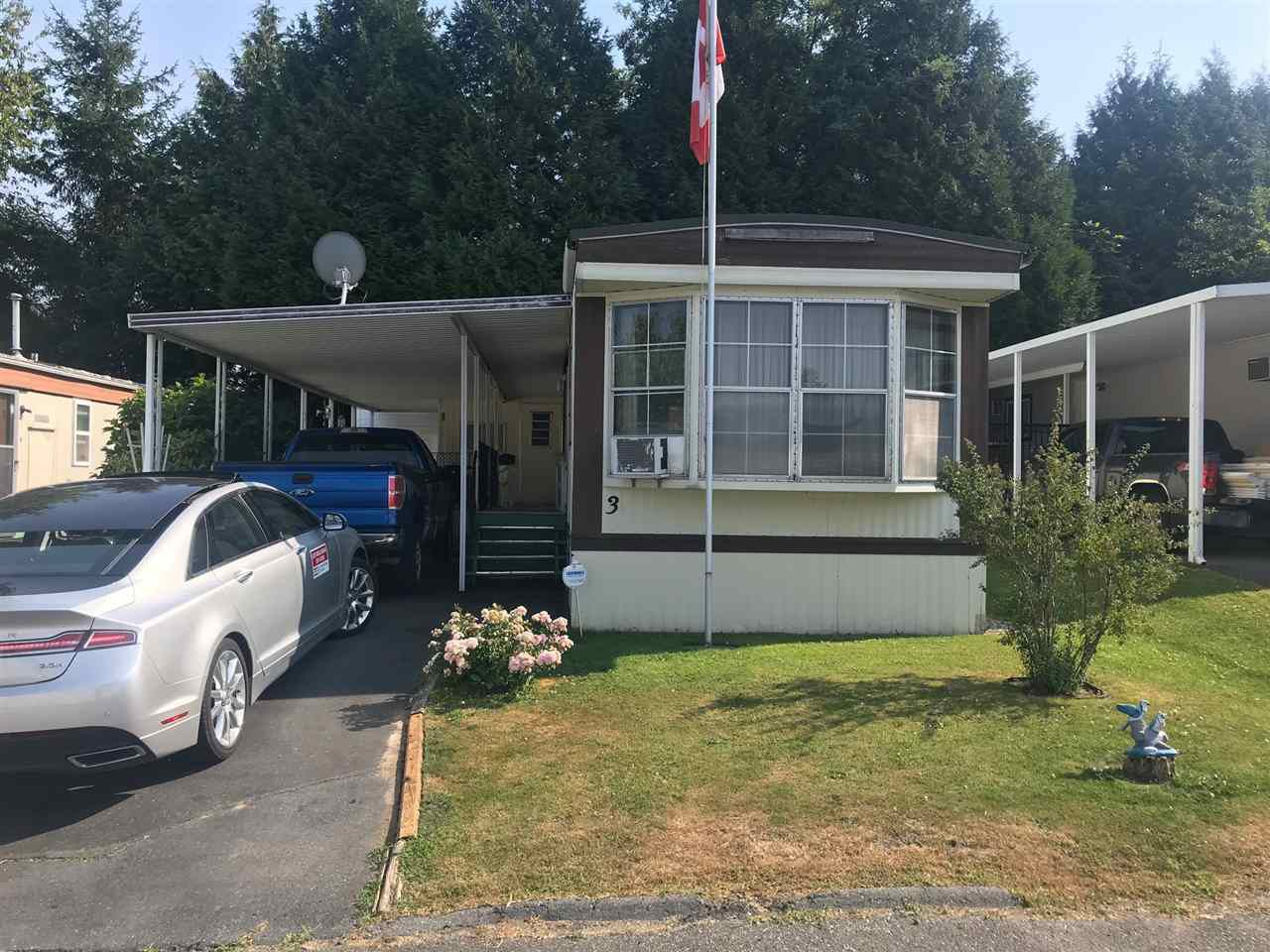 "Main Photo: 3 8220 KING GEORGE Boulevard in Surrey: East Newton Manufactured Home for sale in ""Crestway Bays"" : MLS®# R2294104"