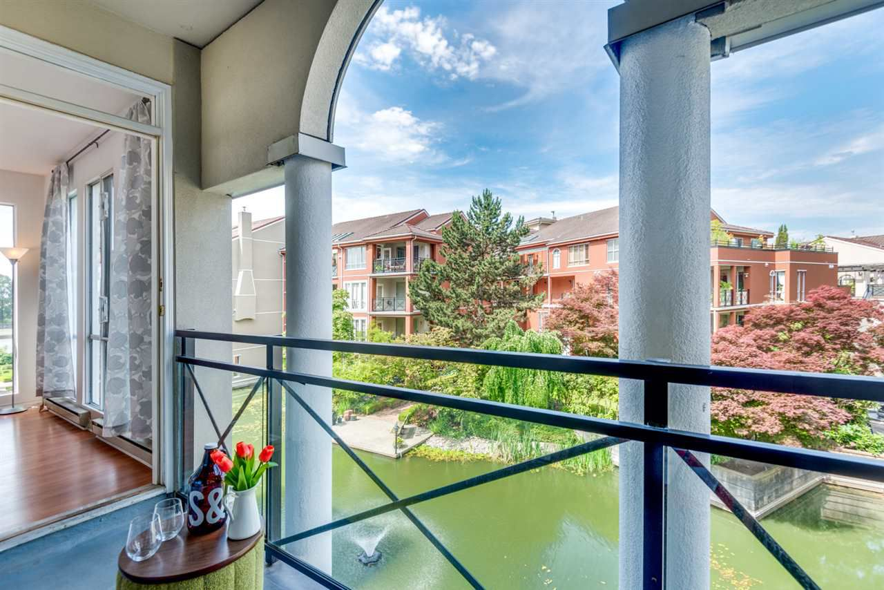 """Main Photo: 306 3 RENAISSANCE Square in New Westminster: Quay Condo for sale in """"The Lido"""" : MLS®# R2299518"""