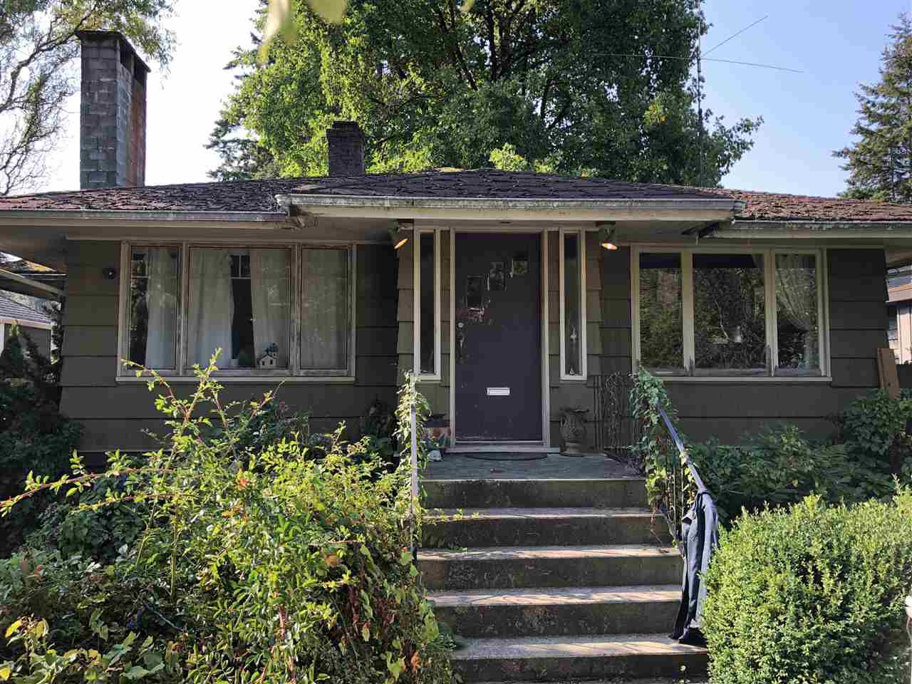 Main Photo: 1069 W 23RD Street in North Vancouver: Pemberton Heights House for sale : MLS®# R2300509