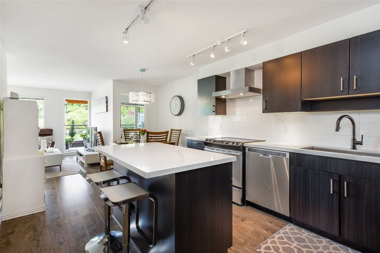 """Main Photo: 508 500 ROYAL Avenue in New Westminster: Downtown NW Condo for sale in """"THE DOMINION"""" : MLS®# R2372435"""
