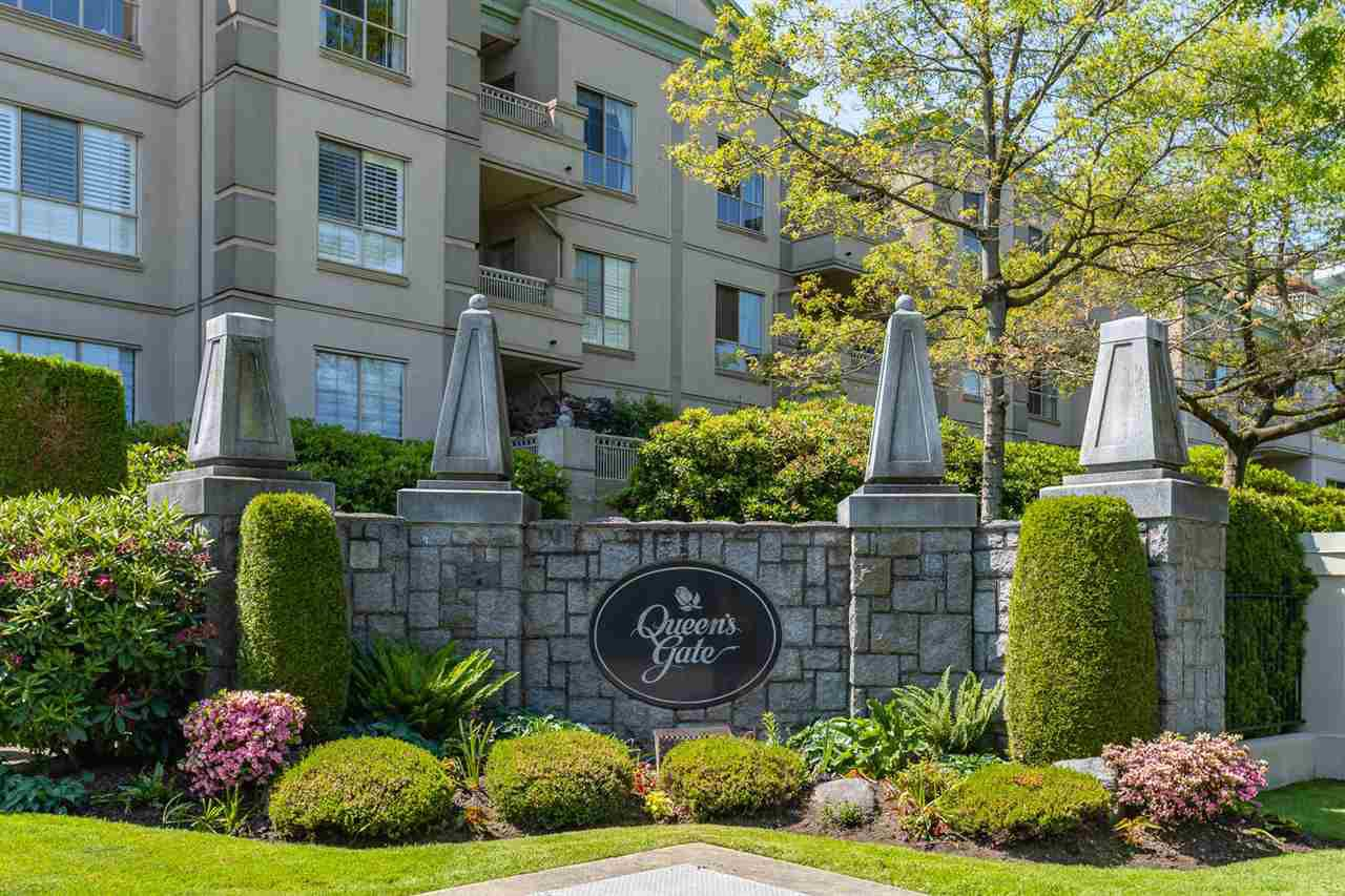 "Main Photo: 203 8500 GENERAL CURRIE Road in Richmond: Brighouse South Condo for sale in ""Queen's Gate"" : MLS®# R2374555"
