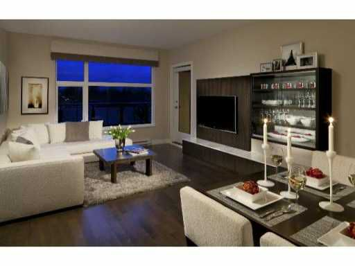 Main Photo: 308 4570 HASTINGS Street in Burnaby: Capitol Hill BN Condo for sale (Burnaby North)  : MLS®# V941114