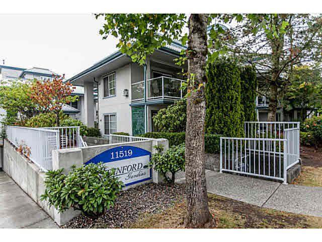 "Main Photo: 305 11519 BURNETT Street in Maple Ridge: East Central Condo for sale in ""STANFORD GARDENS"" : MLS®# V1141546"