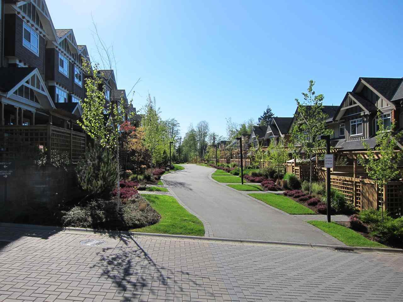 """Main Photo: 127 2979 156 Street in Surrey: Grandview Surrey Townhouse for sale in """"Enclave"""" (South Surrey White Rock)  : MLS®# R2109121"""