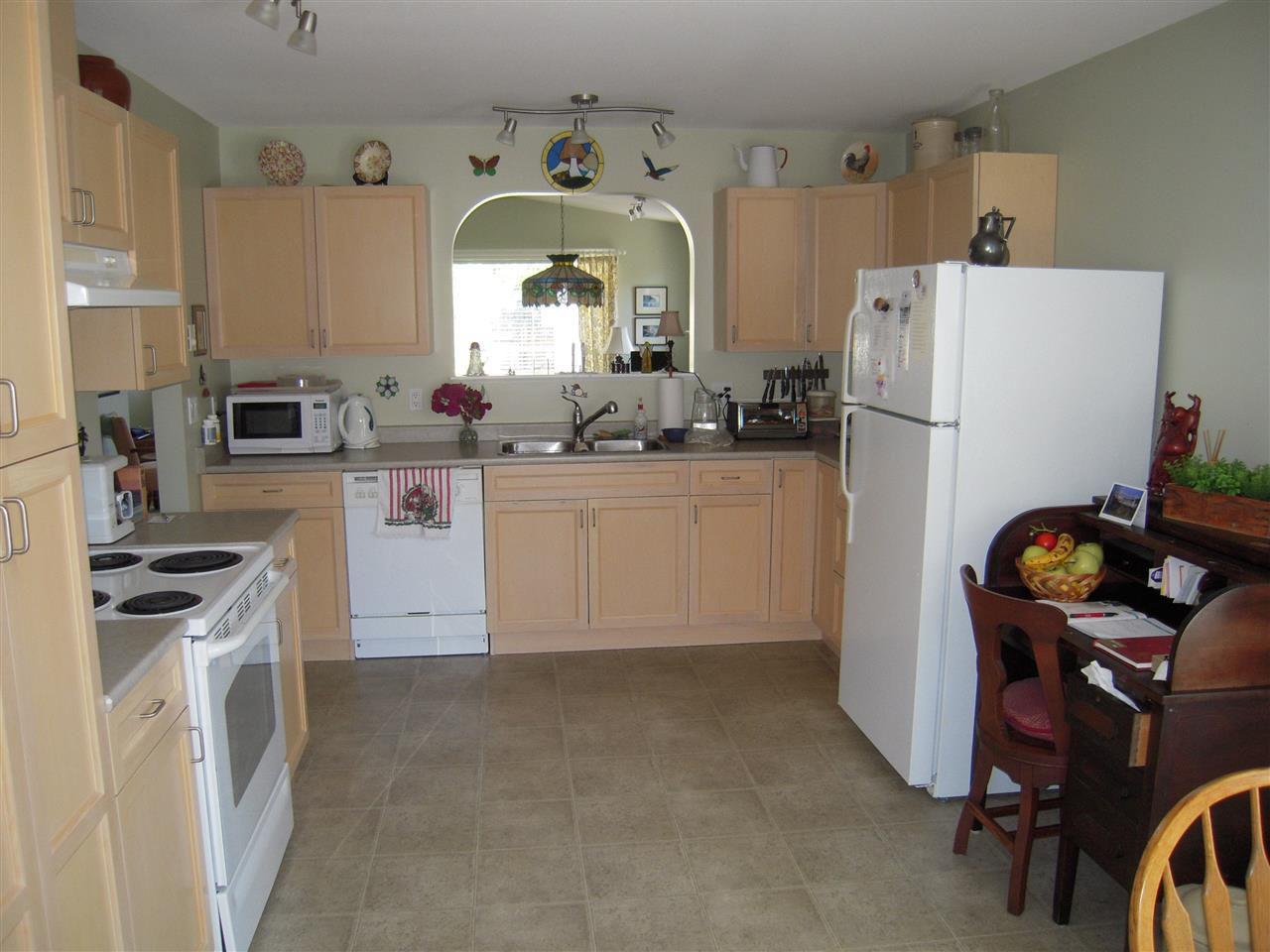 Photo 9: Photos: 5735 EMILY Way in Sechelt: Sechelt District House for sale (Sunshine Coast)  : MLS®# R2179124