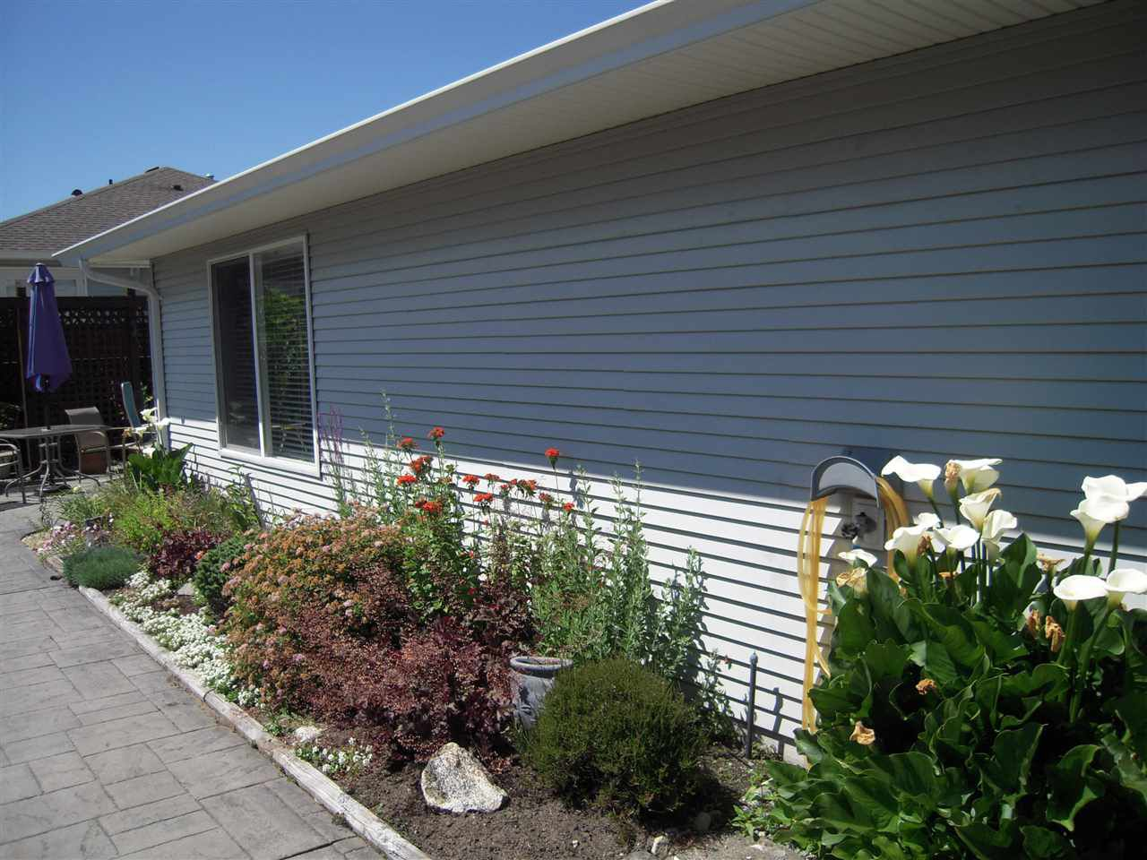 Photo 3: Photos: 5735 EMILY Way in Sechelt: Sechelt District House for sale (Sunshine Coast)  : MLS®# R2179124