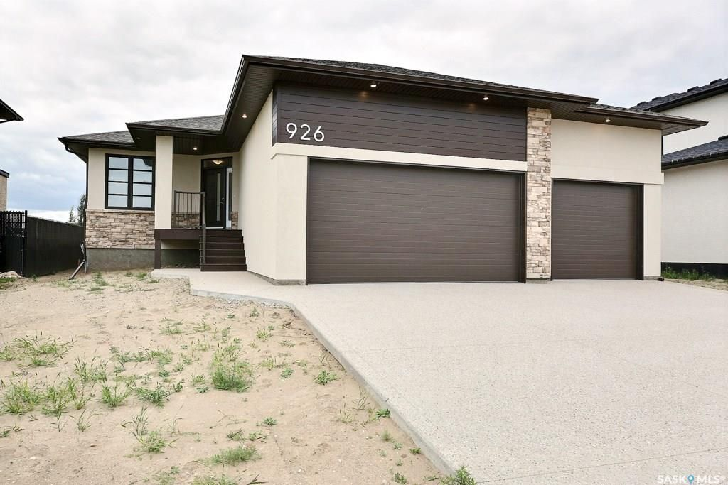 Main Photo: 926 Westview Drive North in Balgonie: Residential for sale : MLS®# SK750316