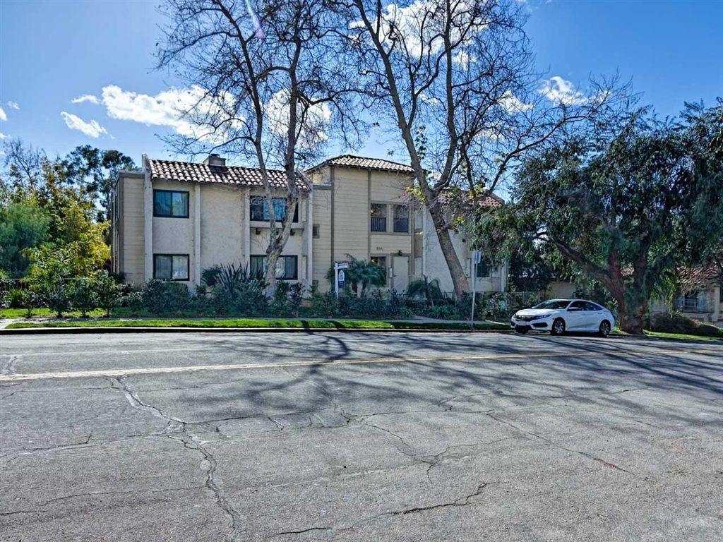 Main Photo: SAN DIEGO Condo for sale : 2 bedrooms : 2941 C Street #468