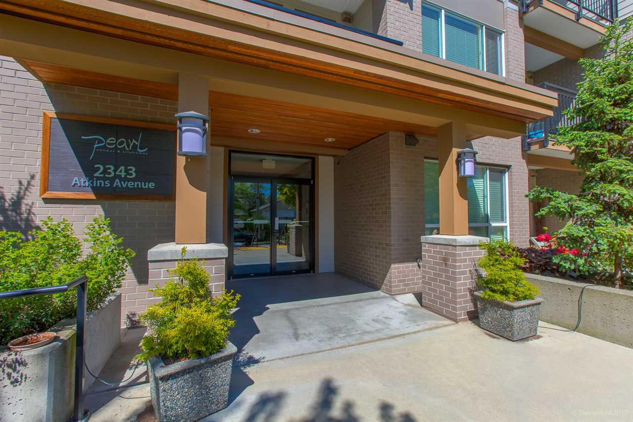 "Main Photo: 318 2343 ATKINS Avenue in Port Coquitlam: Central Pt Coquitlam Condo for sale in ""PEARL"" : MLS®# R2364906"