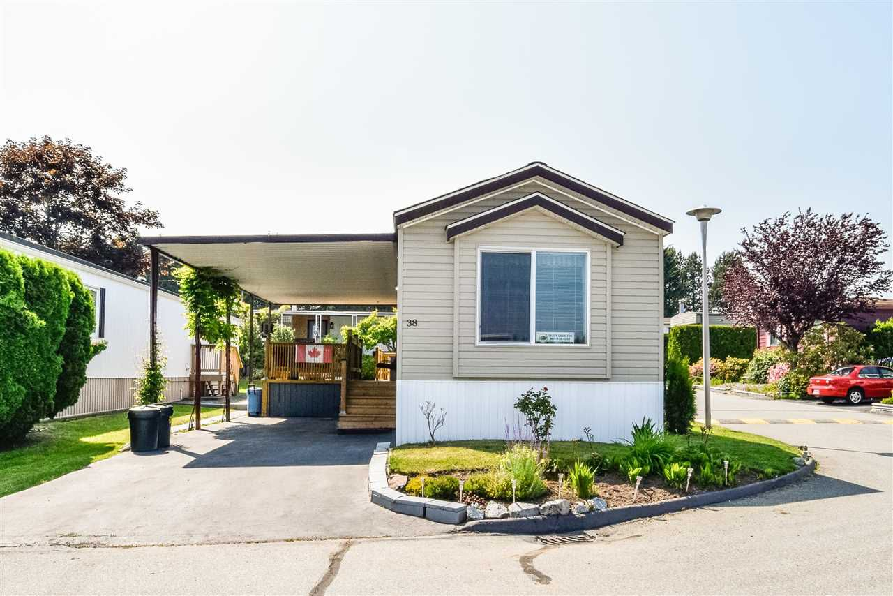 "Main Photo: 38 15875 20 Avenue in Surrey: King George Corridor Manufactured Home for sale in ""Sea Ridge Bays"" (South Surrey White Rock)  : MLS®# R2375018"