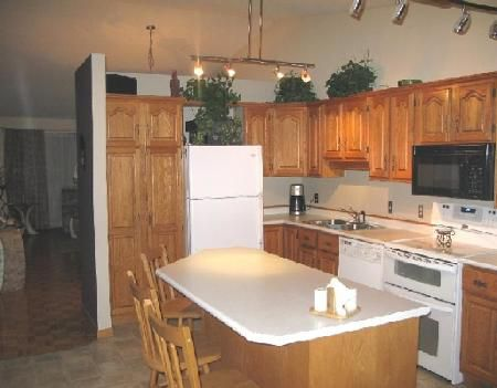 Photo 4: Photos: 78 SAND POINT BAY in WINNIPEG: Residential for sale (Canada)  : MLS®# 2907105
