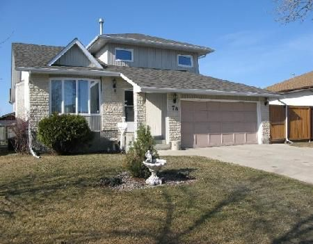 Photo 1: Photos: 78 SAND POINT BAY in WINNIPEG: Residential for sale (Canada)  : MLS®# 2907105