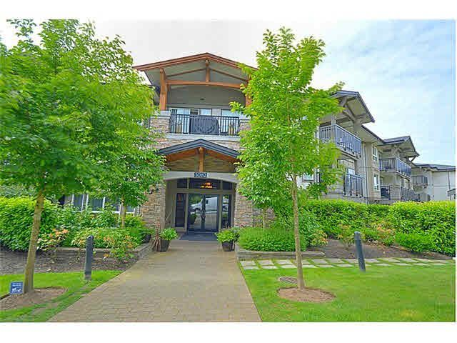 """Main Photo: 213 3082 DAYANEE SPRINGS Boulevard in Coquitlam: Westwood Plateau Condo for sale in """"THE LANTERNS"""" : MLS®# V1111456"""
