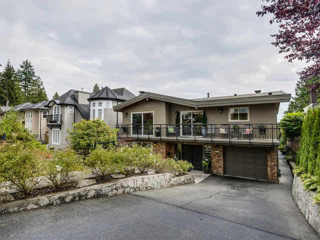 Photo 1: Photos: 515 E 18TH Street in NORTH VANC: Boulevard House for sale (North Vancouver)  : MLS®# V1142603