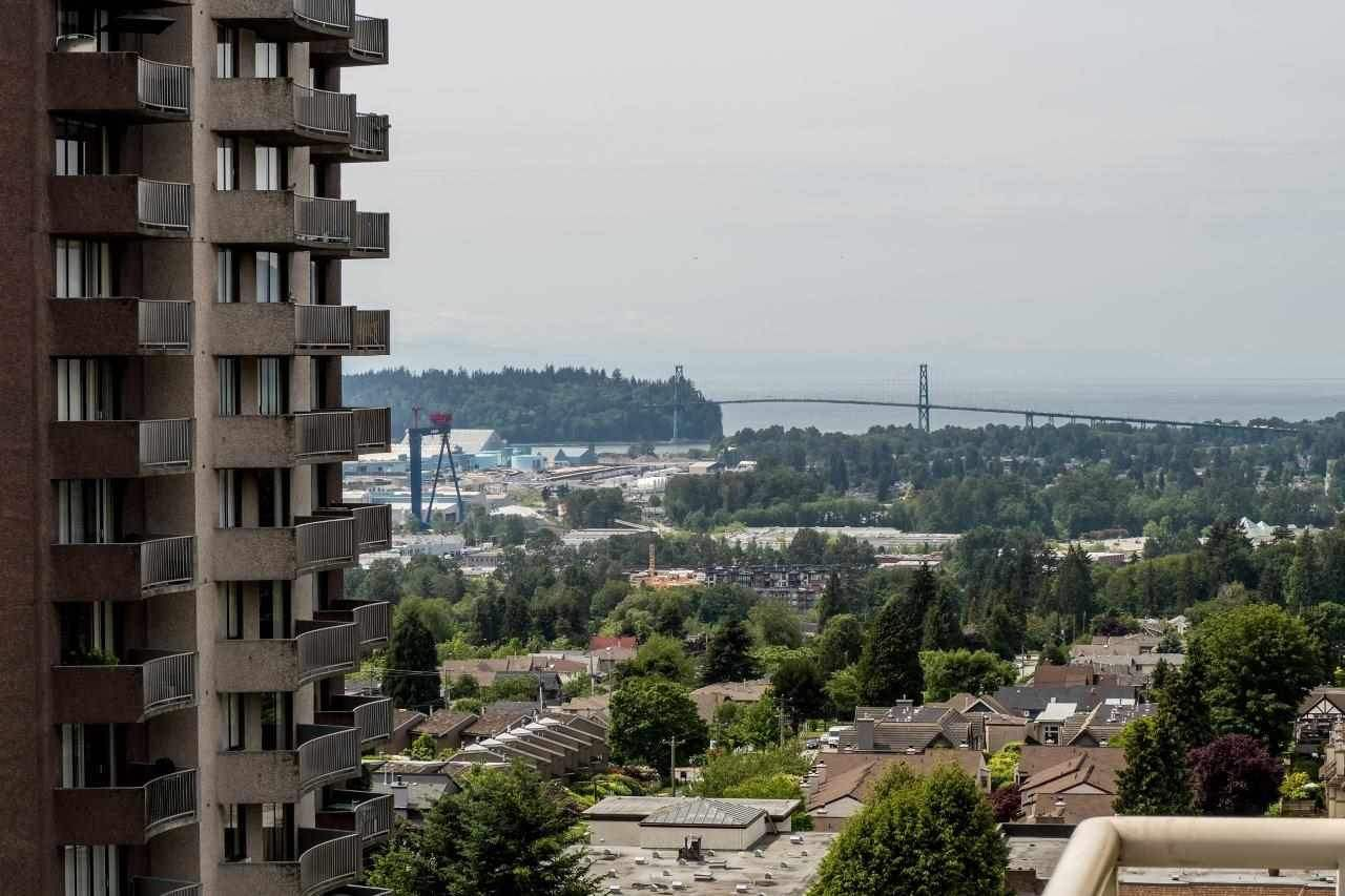"""Photo 4: Photos: 801 121 W 15TH Street in North Vancouver: Central Lonsdale Condo for sale in """"ALEGRIA"""" : MLS®# R2196958"""