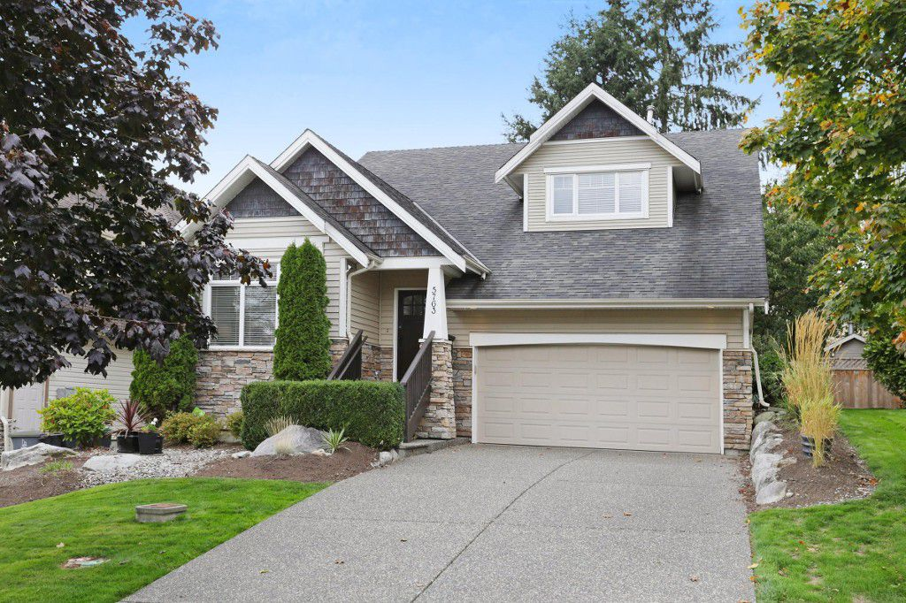 """Main Photo: 5763 167 Street in Surrey: Cloverdale BC House for sale in """"WESTSIDE TERRACE"""" (Cloverdale)  : MLS®# R2212579"""