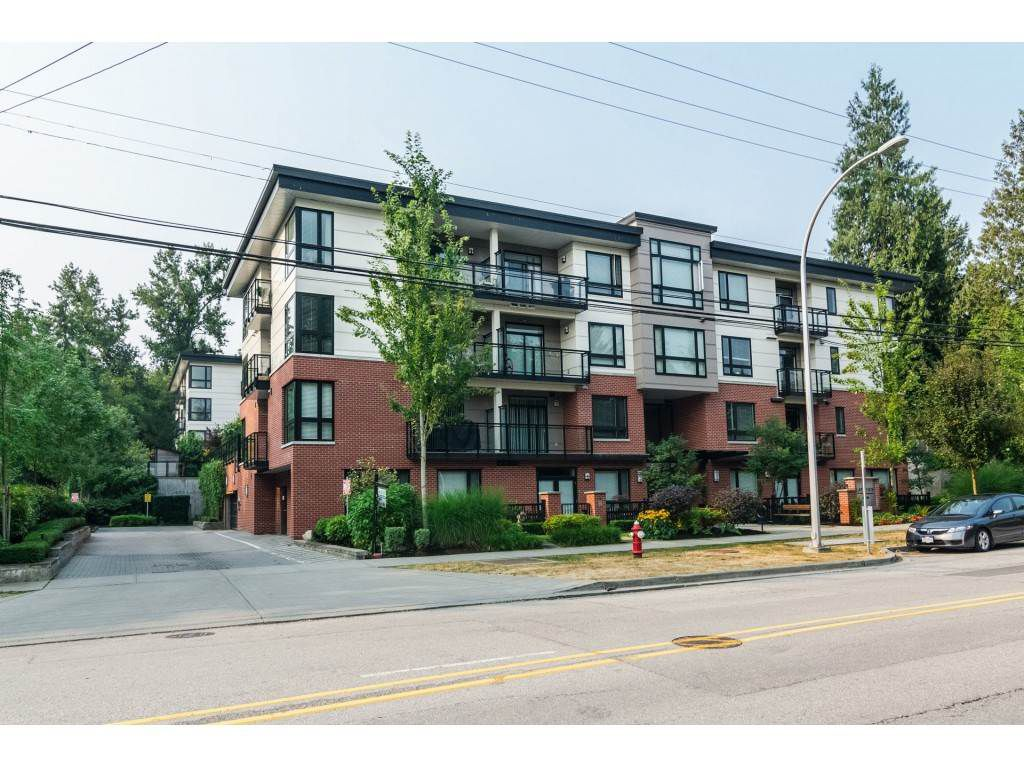 "Main Photo: 301 14358 60 Avenue in Surrey: Sullivan Station Condo for sale in ""Latitude - Sullivan Station"" : MLS®# R2228529"