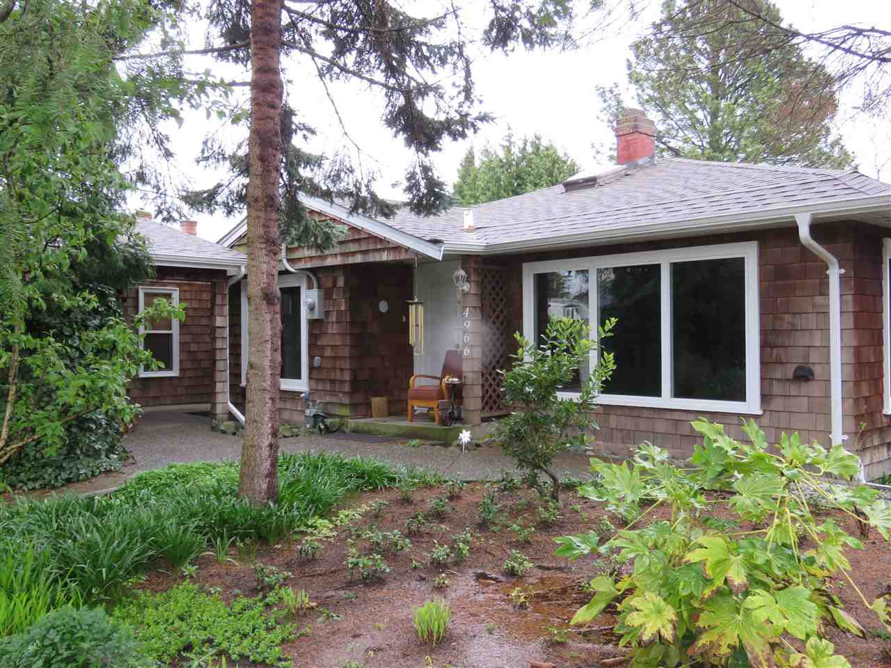 Main Photo: 4966 WESTMINSTER Avenue in Delta: Hawthorne House for sale (Ladner)  : MLS®# R2257118