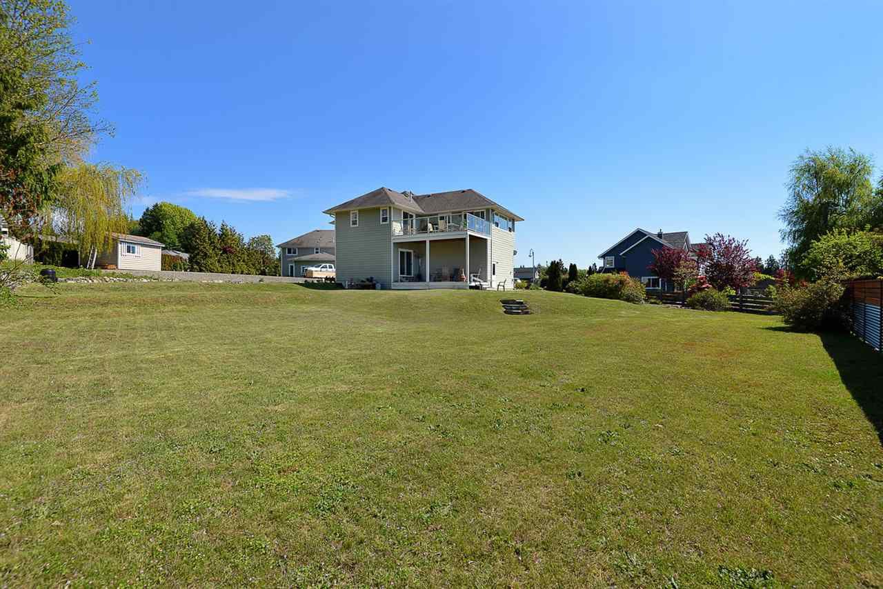 Photo 17: Photos: 4797 TAMARACK Place in Sechelt: Sechelt District House for sale (Sunshine Coast)  : MLS®# R2262210
