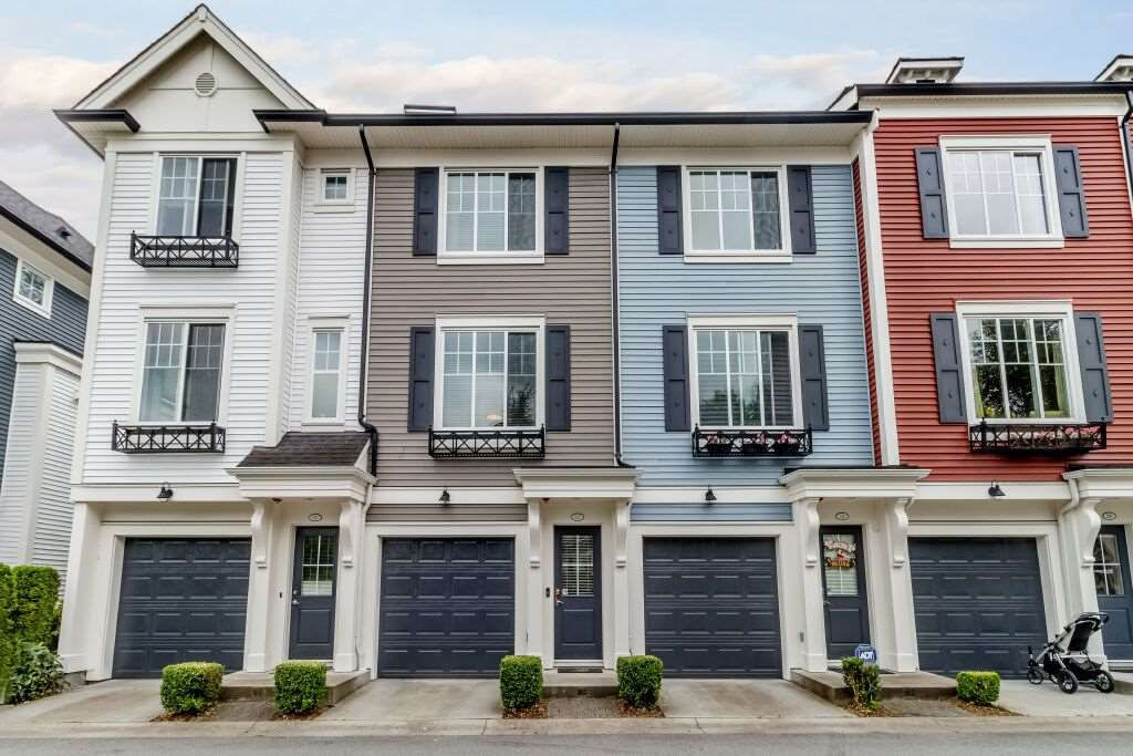 Main Photo: 122 3010 RIVERBEND Drive in Coquitlam: Coquitlam East Townhouse for sale : MLS®# R2386563