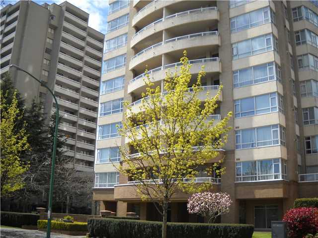 "Main Photo: 2301 6521 BONSOR Avenue in Burnaby: Metrotown Condo for sale in ""SYMPHONY 1"" (Burnaby South)  : MLS®# V885133"