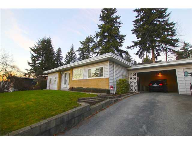 """Main Photo: 1963 CAPE HORN Avenue in Coquitlam: Cape Horn House for sale in """"CAPE HORN"""" : MLS®# V1042582"""