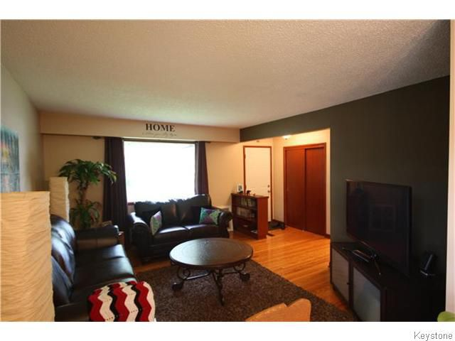 Photo 3: Photos: 508 Victoria Avenue West in WINNIPEG: Transcona Residential for sale (North East Winnipeg)  : MLS®# 1524543