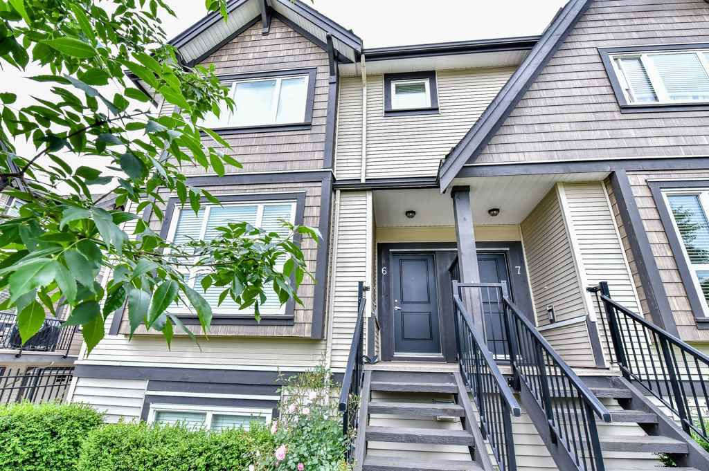 Main Photo: 6 9077 150 STREET in : Bear Creek Green Timbers Townhouse for sale : MLS®# R2070887