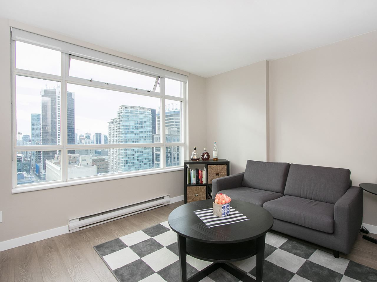 "Main Photo: 2601 438 SEYMOUR Street in Vancouver: Downtown VW Condo for sale in ""CONFERENCE PLAZA"" (Vancouver West)  : MLS®# R2221767"