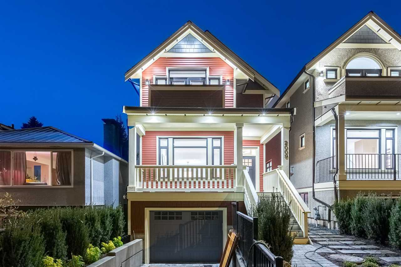 """Main Photo: 2009 CHARLES Street in Vancouver: Grandview VE House for sale in """"COMMERCIAL DRIVE"""" (Vancouver East)  : MLS®# R2245227"""