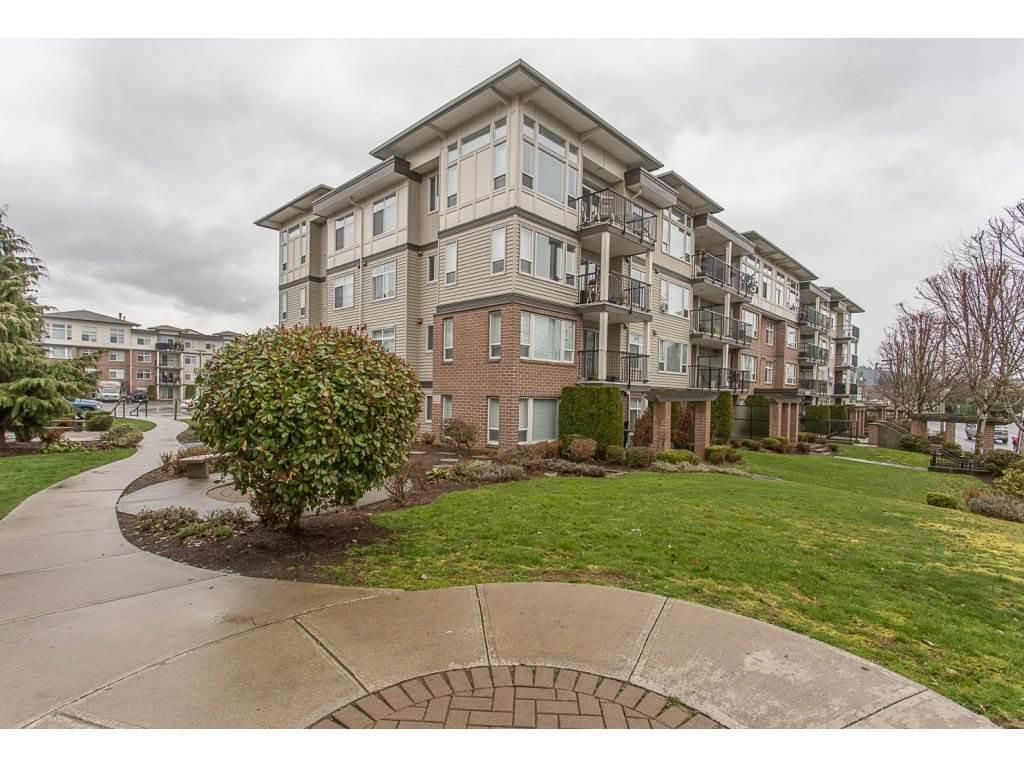 """Main Photo: 118 46289 YALE Road in Chilliwack: Chilliwack E Young-Yale Condo for sale in """"NEWMARK"""" : MLS®# R2263631"""