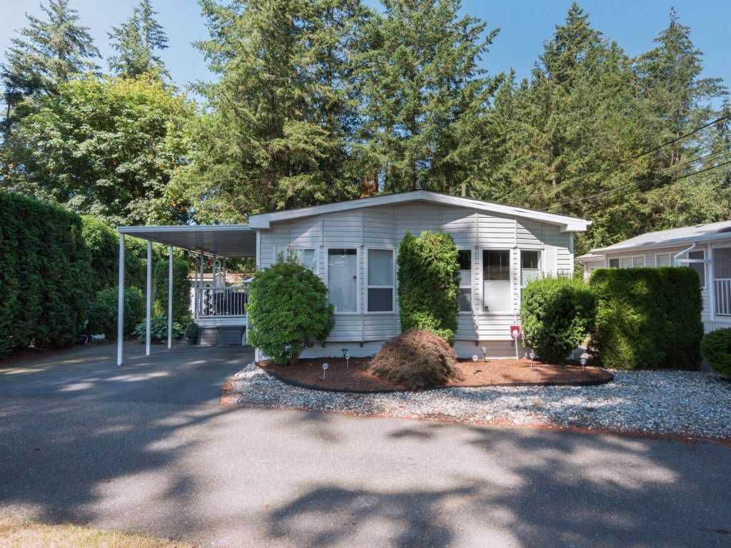 "Main Photo: 52 20071 24 Avenue in Langley: Brookswood Langley Manufactured Home for sale in ""FERNRIDGE PARK"" : MLS®# R2292700"