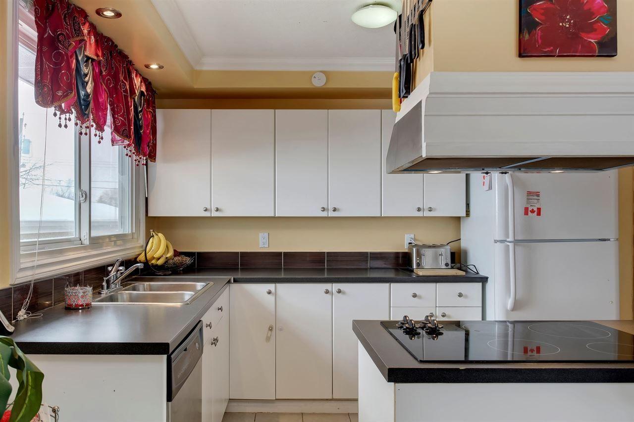 Main Photo: 10532 151 ST in Edmonton: Zone 21 House Half Duplex for sale : MLS®# E4144647