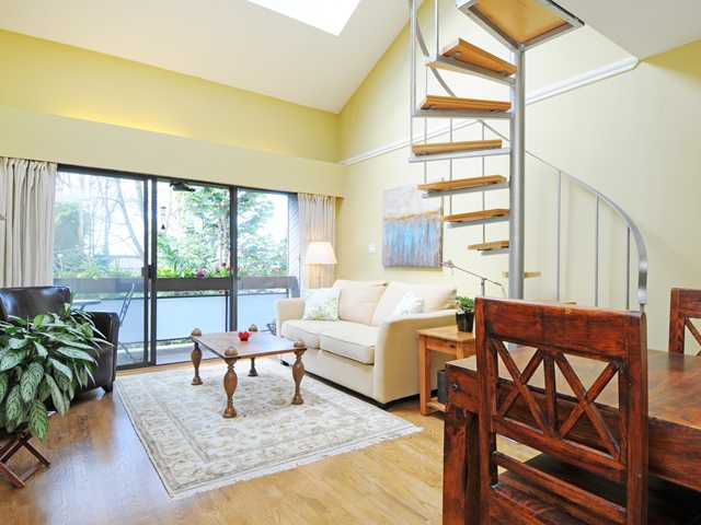 """Main Photo: 301 1425 CYPRESS Street in Vancouver: Kitsilano Condo for sale in """"CYPRESS WEST"""" (Vancouver West)  : MLS®# V1058064"""