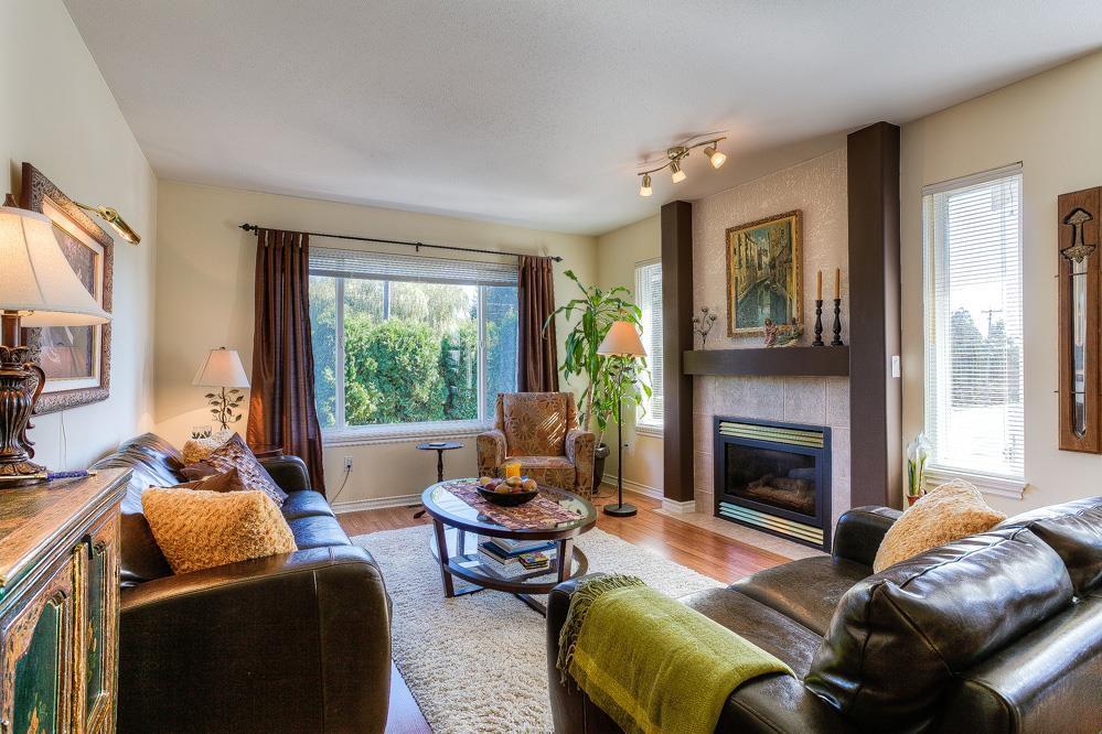 Main Photo: 11441 240 Street in Maple Ridge: Cottonwood MR House for sale : MLS®# R2005271