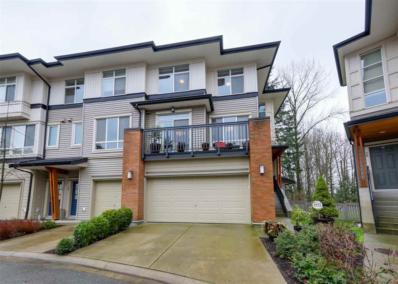 "Main Photo: 27 1125 KENSAL Place in Coquitlam: New Horizons Townhouse for sale in ""KENSAL WALK"" : MLS®# R2035767"