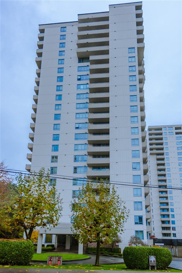 "Main Photo: 102 5645 BARKER Avenue in Burnaby: Central Park BS Condo for sale in ""CENTRAL PARK PLACE"" (Burnaby South)  : MLS®# R2119755"