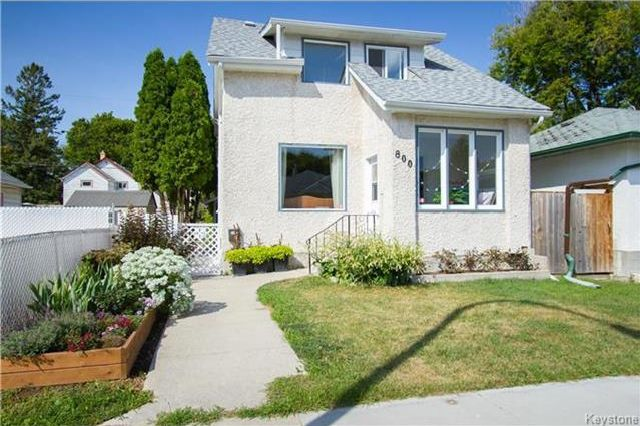 Main Photo: 800 Valour Road in Winnipeg: Sargent Park Residential for sale (5C)  : MLS®# 1721728