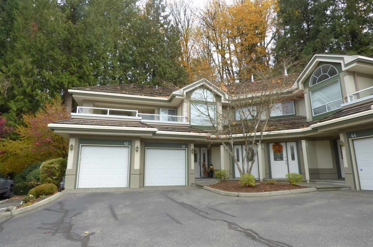 "Main Photo: 42 4001 OLD CLAYBURN Road in Abbotsford: Abbotsford East Townhouse for sale in ""The Ellwood"" : MLS®# R2220448"