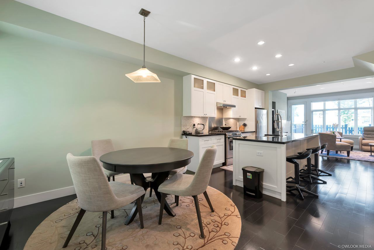 Main Photo: 5967 OAK Street in Vancouver: South Granville Townhouse for sale (Vancouver West)  : MLS®# R2272625