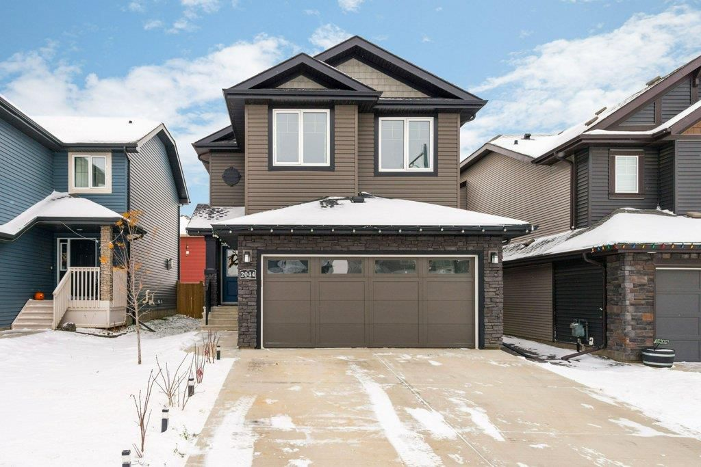 Main Photo: 2044 REDTAIL Common in Edmonton: Zone 59 House for sale : MLS®# E4135359