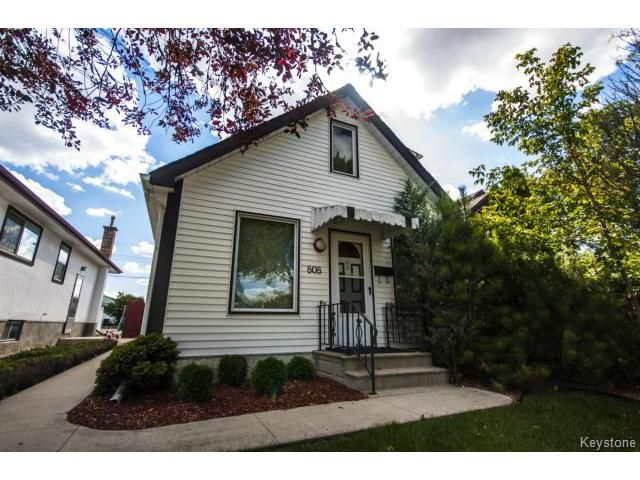 Main Photo: 808 McCalman Avenue in WINNIPEG: East Kildonan Residential for sale (North East Winnipeg)  : MLS®# 1401369