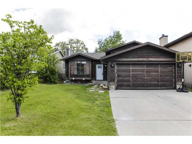 Main Photo: 16 SHAWCLIFFE Circle SW in CALGARY: Shawnessy Residential Detached Single Family for sale (Calgary)  : MLS®# C3620117
