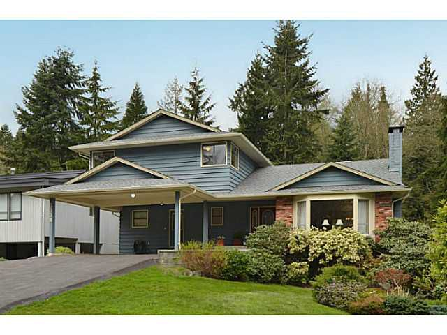 Main Photo: 3338 TENNYSON Crescent in North Vancouver: Lynn Valley House for sale : MLS®# V1114852