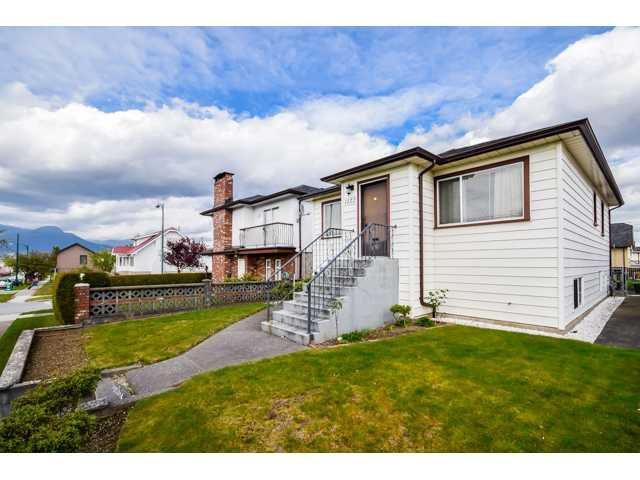 Main Photo: 1122 NANAIMO Street in Vancouver: Renfrew VE House for sale (Vancouver East)  : MLS®# V1117426
