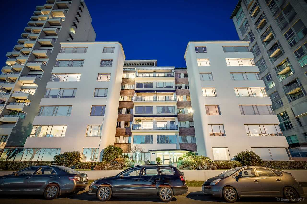 """Main Photo: 507 1949 BEACH Avenue in Vancouver: West End VW Condo for sale in """"BEACH TOWN HOUSE APARTMENTS"""" (Vancouver West)  : MLS®# R2217815"""