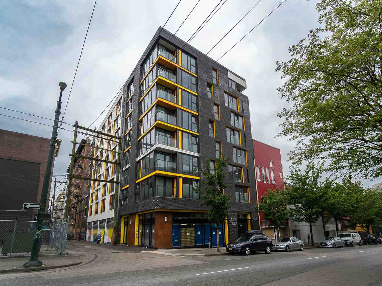 "Main Photo: 809 150 E CORDOVA Street in Vancouver: Downtown VE Condo for sale in ""INGASTOWN"" (Vancouver East)  : MLS®# R2276186"