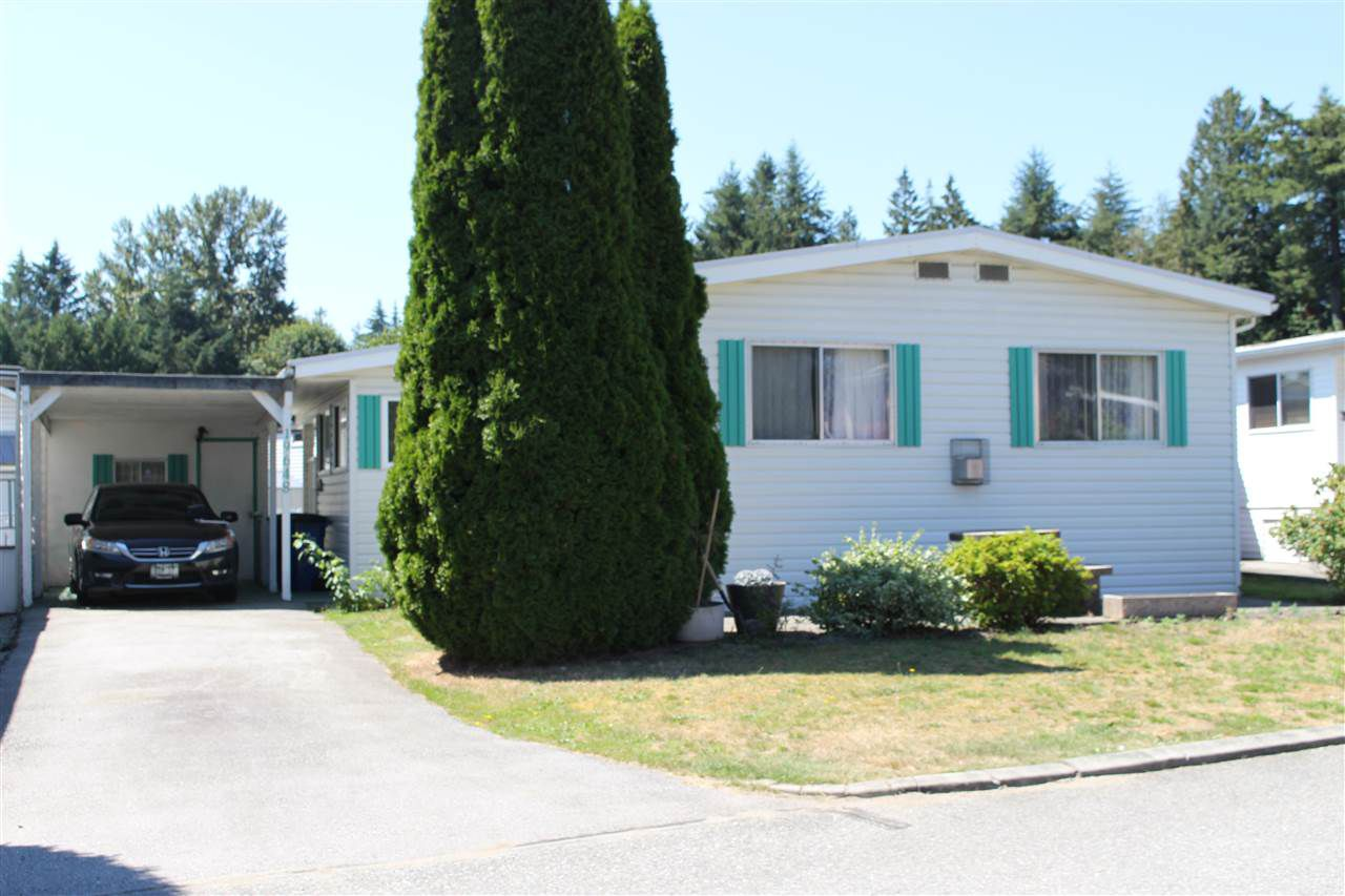 """Main Photo: 19648 PINETREE Lane in Pitt Meadows: Central Meadows Manufactured Home for sale in """"MEADOW HIGHLANDS"""" : MLS®# R2289897"""