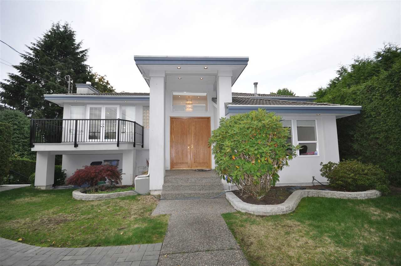 Main Photo: 1537 24TH Street in West Vancouver: Dundarave House for sale : MLS®# R2325799