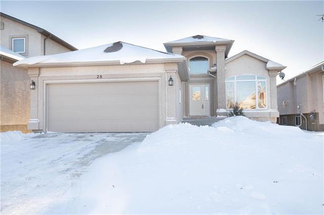 Main Photo: 28 Gardenton Avenue in Winnipeg: North Meadows Residential for sale (4L)  : MLS®# 1832088